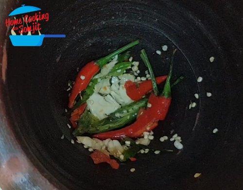 Authentic Som Tam - Thai Green Papaya Salad Recipe (Isaarn ...
